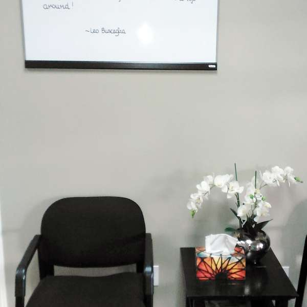 Interior photo of the waiting area at SouthCare Chiropractic, Nanaimo BC